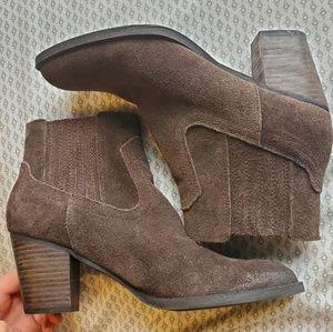 Dolce Vita • mocha suede heeled western booties